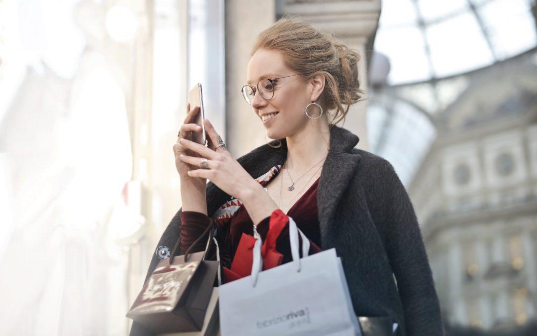 28% das compras em lojas físicas têm origem na Internet